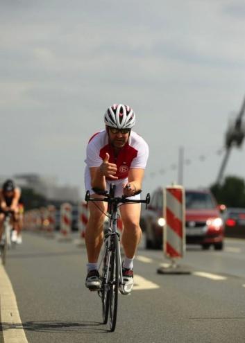 LULTRAS - Podcast Folge 7 - Philip auf dem Rad beim T3 Triathlon Düsseldorf